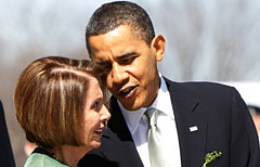 Sanità Usa, re Barack nelle mani di Nancy (Nella foto il presidente Usa Barack Obama con la Speaker della Camera Nancy Pelosi / AP Photo)