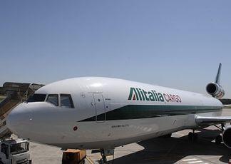 Alitalia gli sprechi del cargo che ha 180 piloti per 5 for B b italia carugo