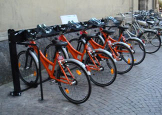Milano al via il bike sharing il sole 24 ore for Mobile milano bike sharing