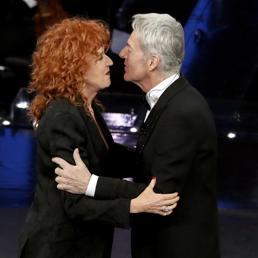 Sanremo riparte da Baglioni: duetto con Mannoia, la sorpresa Baudo