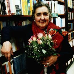 Poeti che raccontano altri poeti: oggi è la Giornata mondiale della poesia