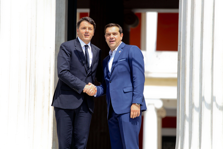 Berlino attacca il vertice anti-austerity: Renzi e Hollande irresponsabili
