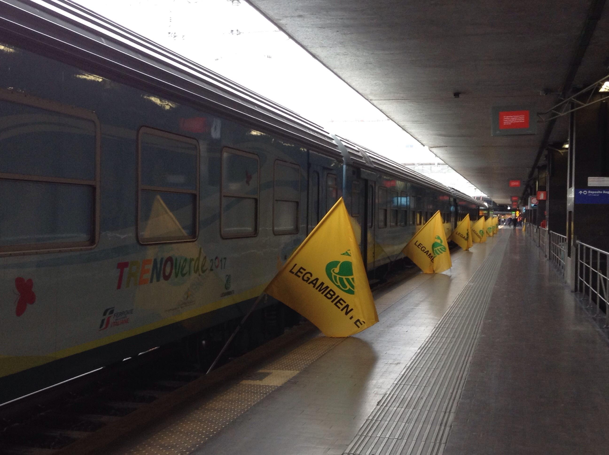 Parte Treno Verde Legambiente,economia circolare in 11 tappe