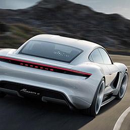 Porsche investirà oltre 6 miliardi di Euro nell'elettrificazione