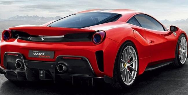 Ferrari 488 Pista, la nuova Rossa sfugge in rete