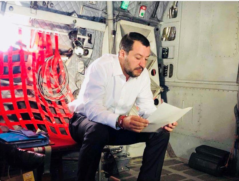 Salvini, bagno di folla a Pontida: