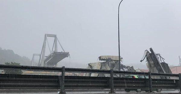Tremendo disastro a Genova, crolla il ponte autostradale fotogallery