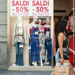 Chiusure domenicali,  Forza Italia: Di Maio surreale, da noi Ddl per libertà d'impresa