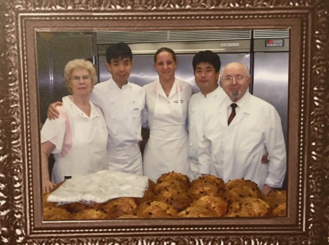 04-koXC--650x485@IlSole24Ore-Web Donq il panettone giapponese che vive con il lievito madre del pasticcere Olindo Meneghin