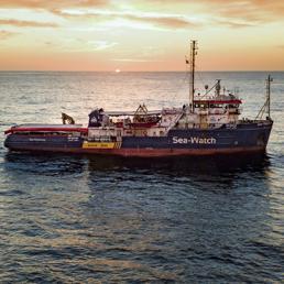 Migranti, Sea Watch in acque italiane. Di Maio: «Convocare l'ambasciatore olandese»