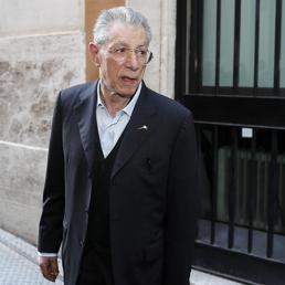 Umberto Bossi, malore in casa: ricoverato a Varese. È grave