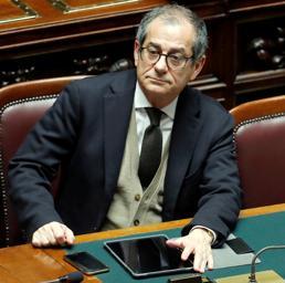 Aumento Iva, su tutte le famiglie incombe una tassa da 538 euro