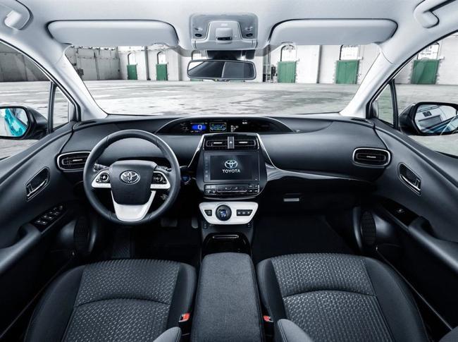 Toyota regala 24mila brevetti per le auto ibride: è l'inizio della rivoluzione?