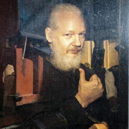 Assange, la lunga caccia americana verso l'estradizione