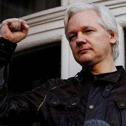 Chi è Julian Assange, il padre di WikiLeaks che gli Usa vogliono processare per cospirazione