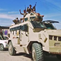 Libia,  missili vicino al centro di Tripoli. Sarraj: «Haftar è un criminale di guerra»