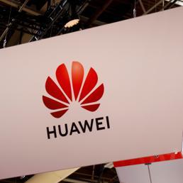 Huawei, la cortina di ferro che spacca in due il mondo tecnologico