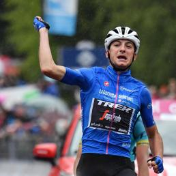 Giro: Ciccone trionfa,  Nibali attacca ma Carapaz difende il primato