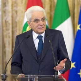 Mattarella: democrazia incompatibile con chi alimenta i conflitti
