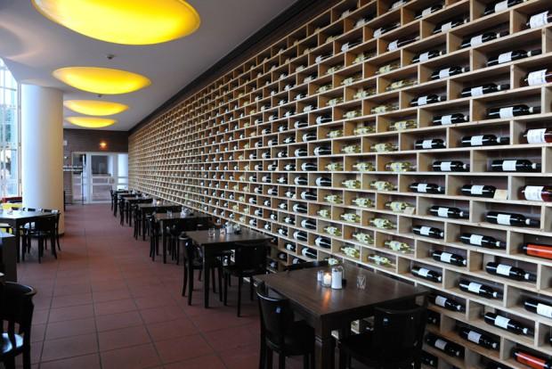Design Per Ristoranti : Arredamento per ristoranti e pizzerie chiavi in mano