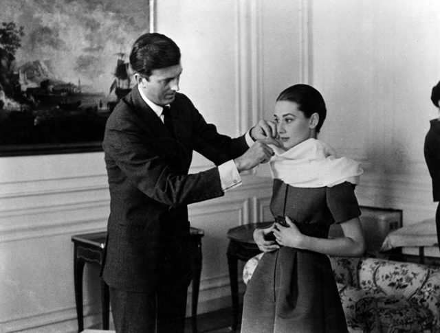 Addio a Hubert de Givenchy, lo stilista di Audrey Hepburn