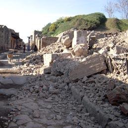 Pompéi, la Maison des Gladiateurs s'est ecroulée, 7-11-2010